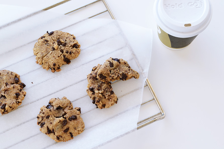 sprøde chocolate chip cookies